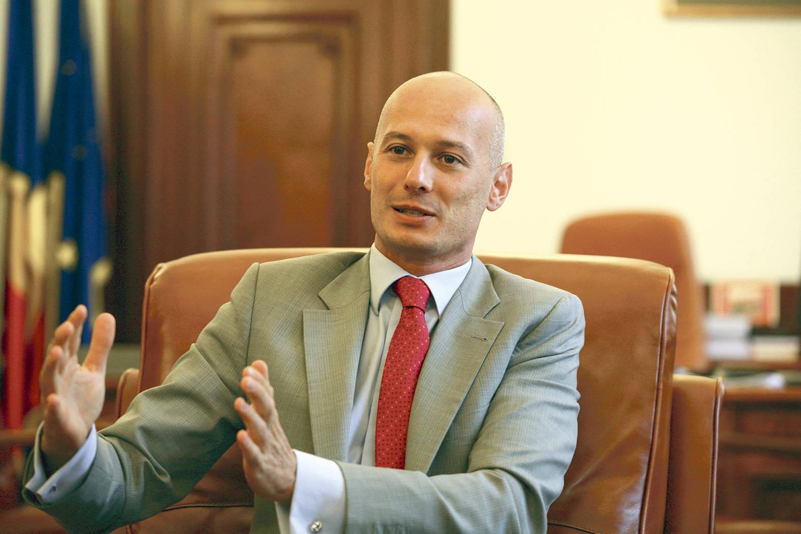 Bogdan Olteanu: Costurile de creditare au scăzut în ultima lună la bănci şi vor continua să scadă