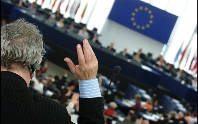 Raport CE: Alocarea fondurilor publice din România este afectată de conflicte de interese şi favoritism