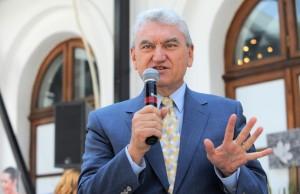 Șeful ASF Misu Negrițoiu lucreaza ca voluntar la firme de milioane de euro