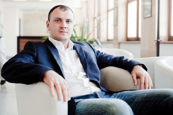 Sebastian Ghița s-a inscris in PRU Urmeaza Victor Ponta