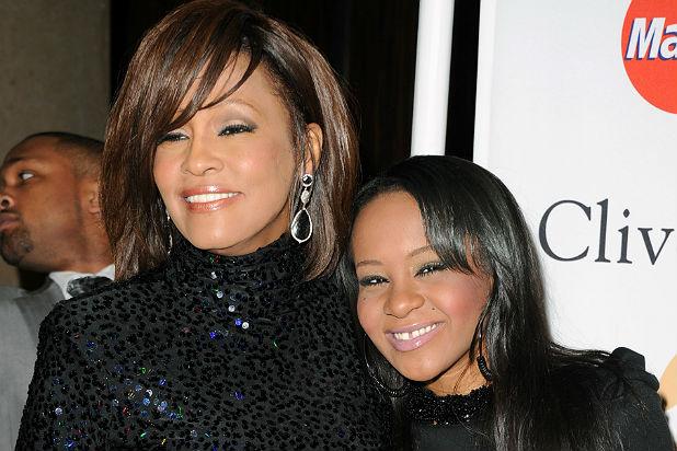 Din ce cauză a murit fiica lui Whitney Houston