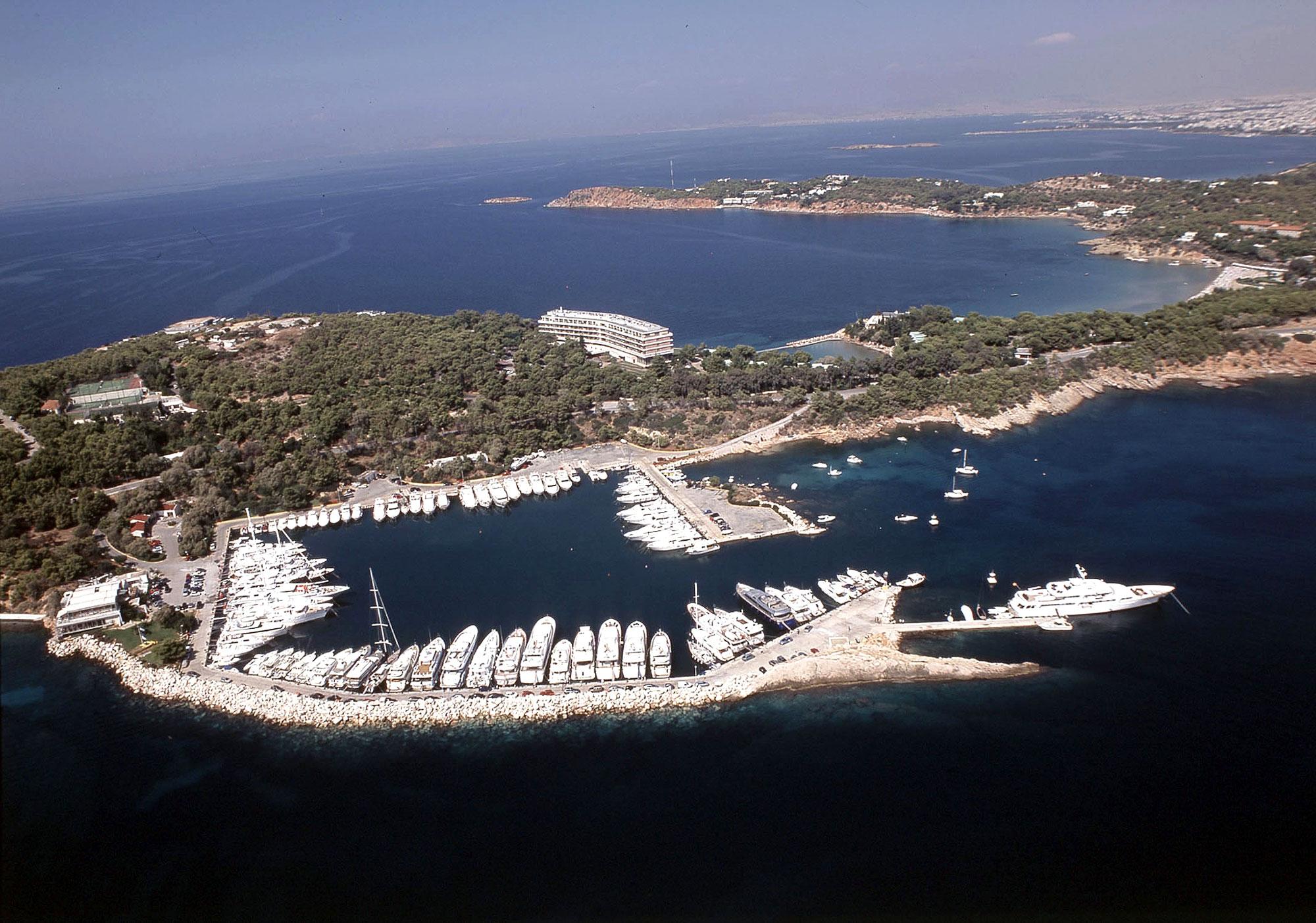 Grecii își scot țara la vânzare
