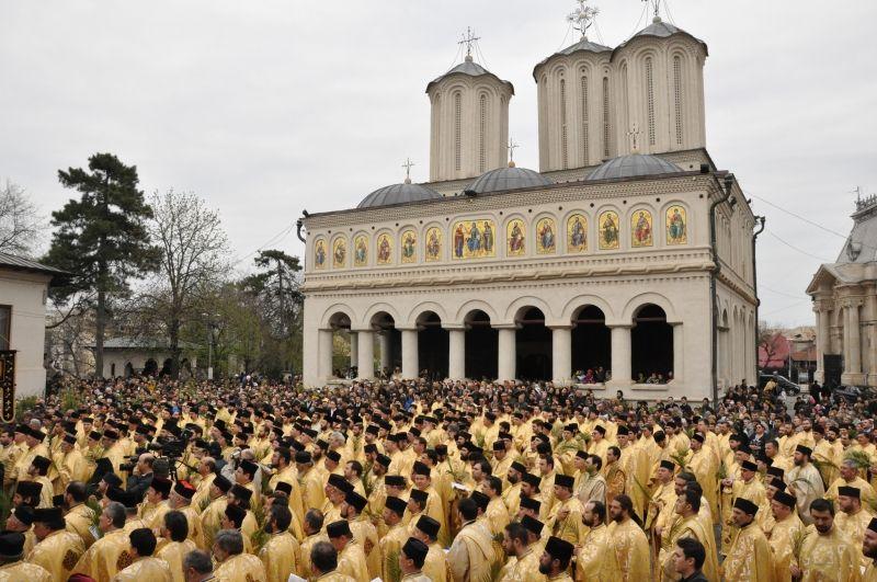 (Mai) sunt preoții de interes public?