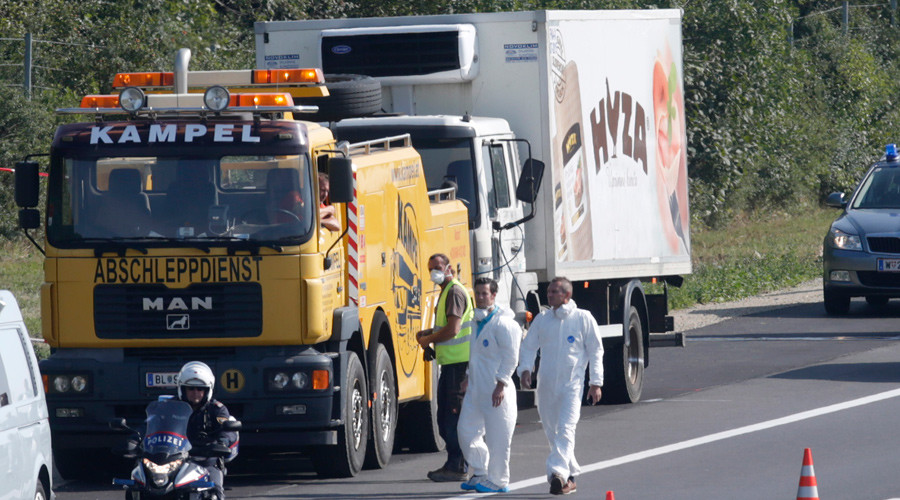 Imigranți decedați în camionul morții. Cei patru suspecți au fost arestați