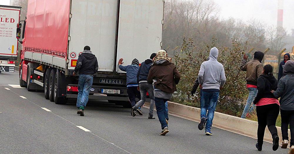 Criza imigranților. Încă patru români au fost arestați în Ungaria
