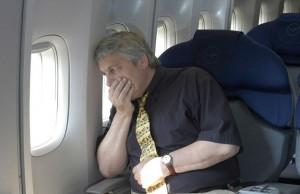 Cum putem scapa de frica de a calatori cu avionul
