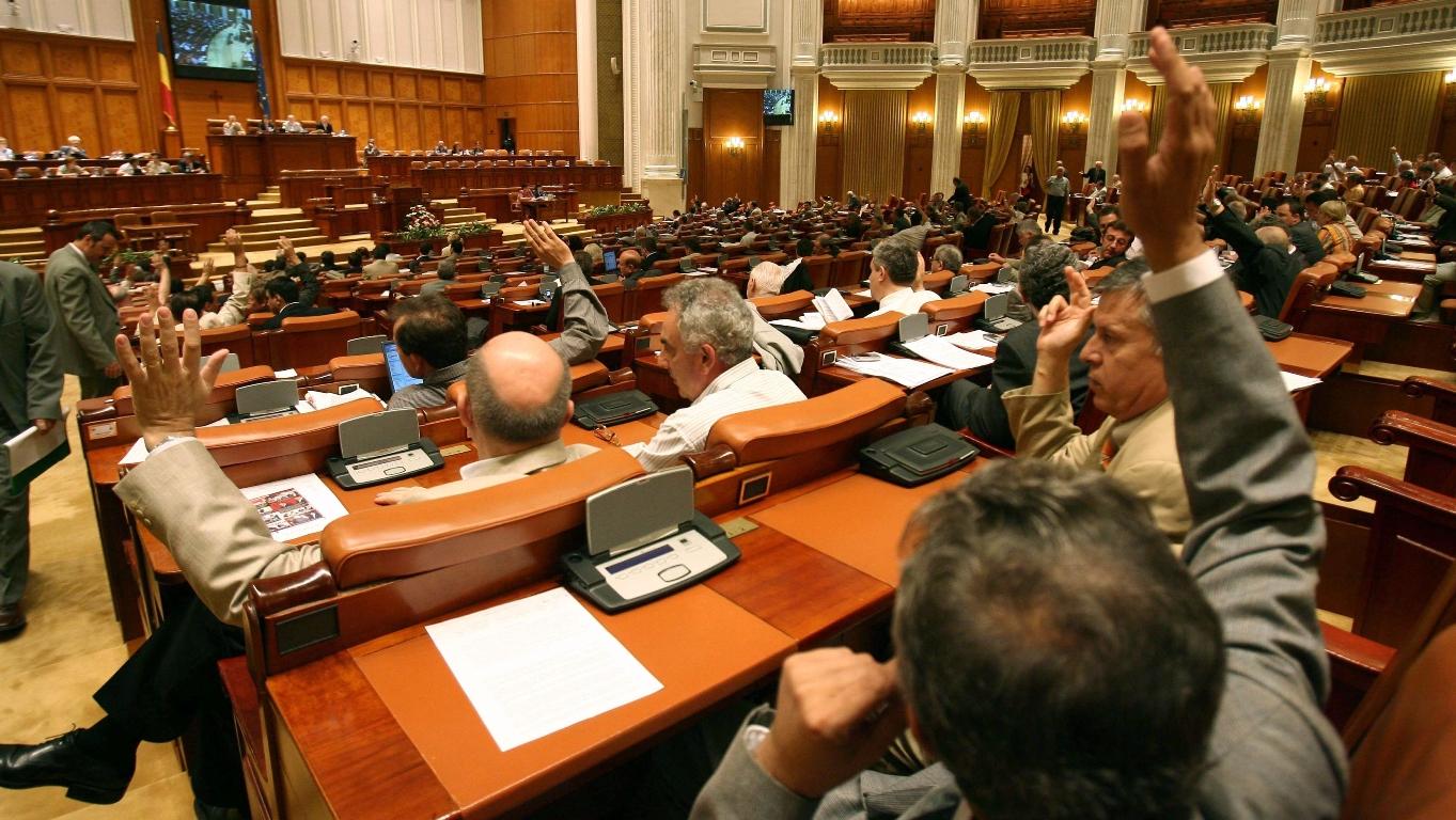 UPDATE. PSD nu renunță la decapitarea conducerii SPP. Înființarea Comisiei SPP, votată