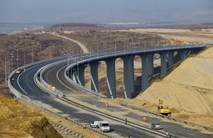 Doua erori grave care au dus la inchiderea Autostrazii Sibiu-Orastie
