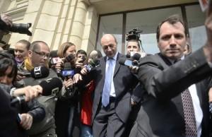 Traian Basescu a devenit «clientul» instanțelor
