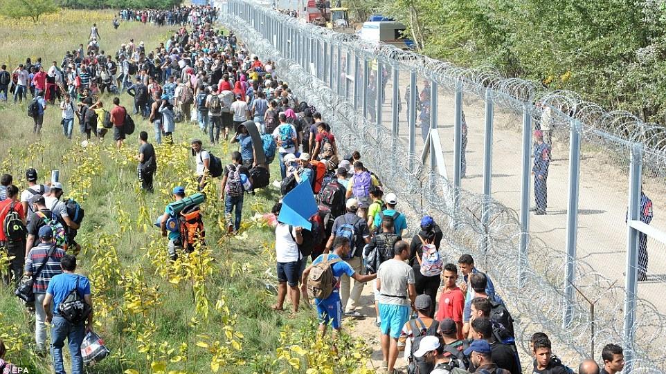 Haosul refugiaţilor de vara trecută s-ar putea repeta