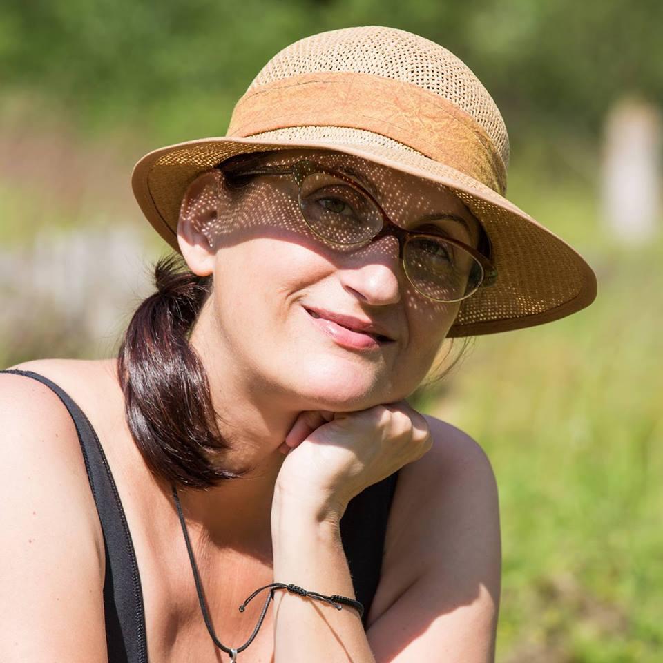 INTERVIU DOINA OPREA: «Cu stilul de viață raw vegan m-am vindecat de fibrom uterin și de gastrită»