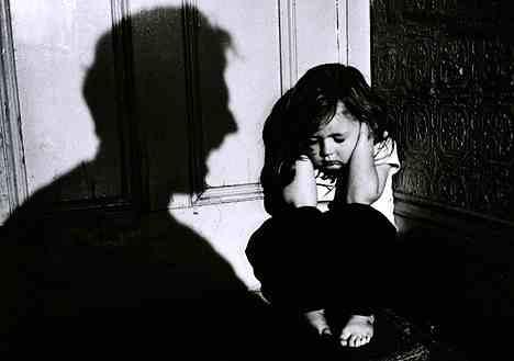 Ce efecte are de fapt bătaia asupra copiilor