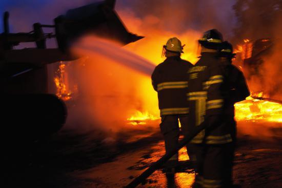 UPDATE. Incendiu puternic în Baloteşti