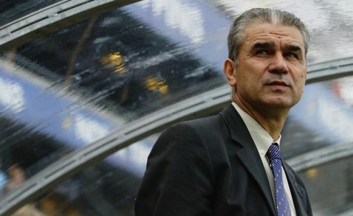 Iordănescu vrea meciuri la Paris la Campionatul European