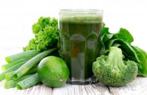 BENEFICIILE RAW-VEGANISMULUI «Oamenii s-au vindecat de boli grave cu ajutorul sucurilor verzi»