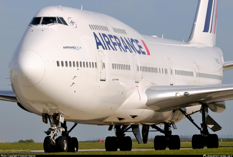 Două avioane Air France, ținta unor ameninţări cu bombă