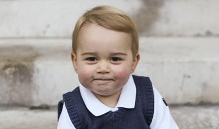 Acum știm cum va arăta adorabilul Prinț George când va fi rege