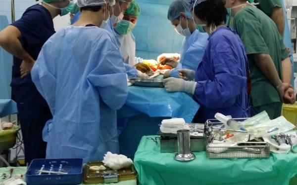 Un bărbat de 36 de ani a beneficiat de primul transplant de plămân realizat în România