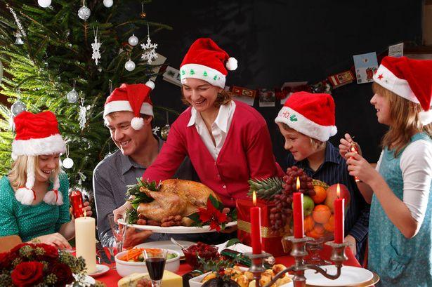 Cum să nu ajungem la Urgență după masa de Crăciun