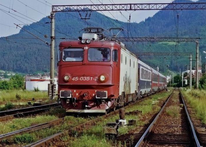 CFR S.A. cumpără motorină de aproape 2,4 milioane de euro