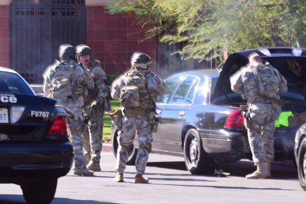 SCHIMB DE FOCURI ÎN SUA: 14 persoane au murit şi alte 14 au fost rănite