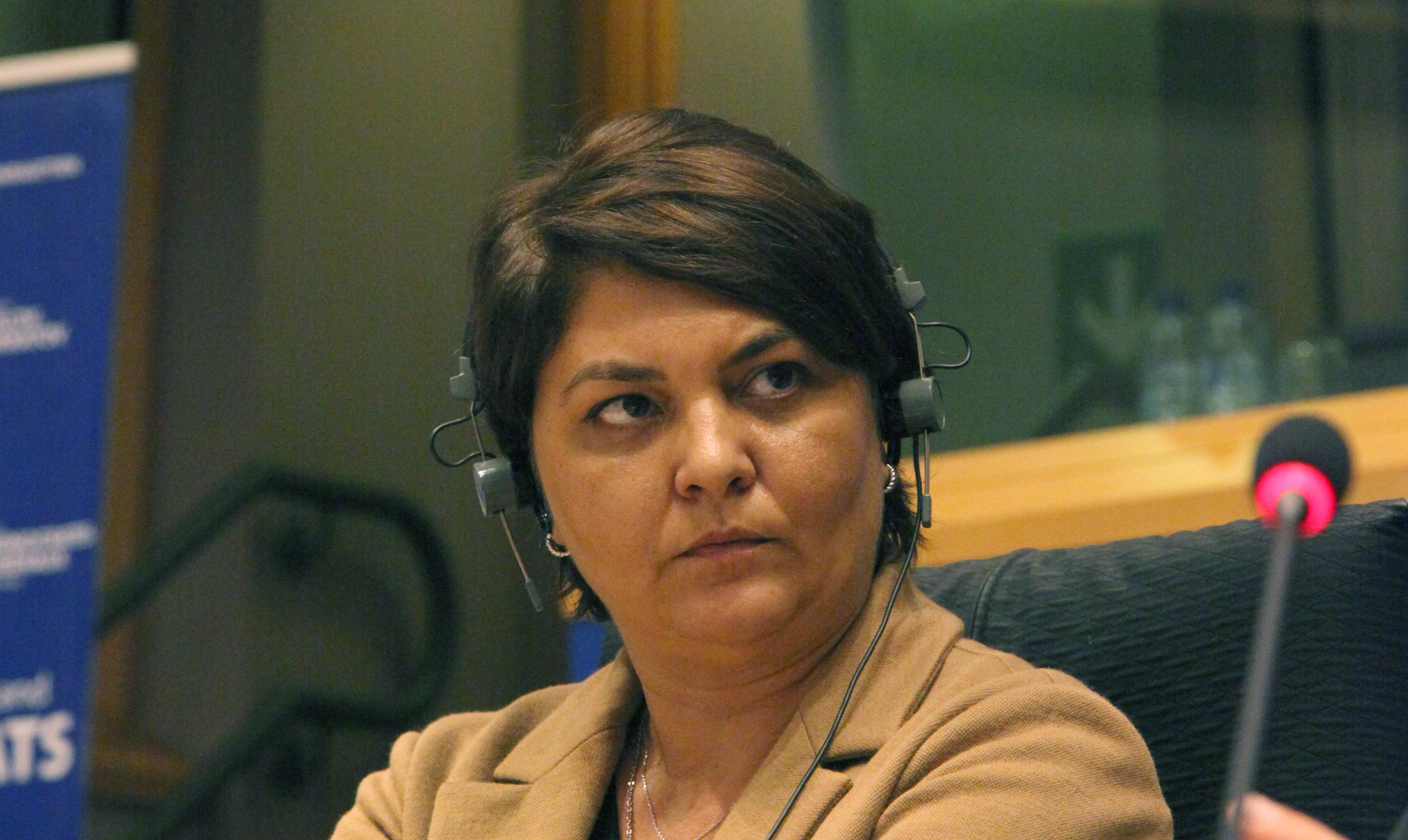 Adina Vălean, audiată în plenul de la Bucureşti
