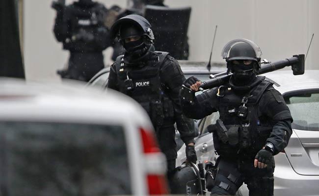 ALERTĂ LA PARIS. Cinci licee evacuate din cauza unor noi ameninţări
