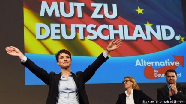 O formațiune anti-imigrație ocupă locul trei în Germania