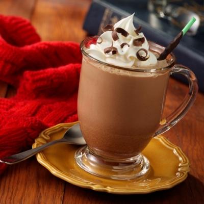 Prepară cea mai cremoasă ciocolată caldă pe care ai gustat-o vreodată