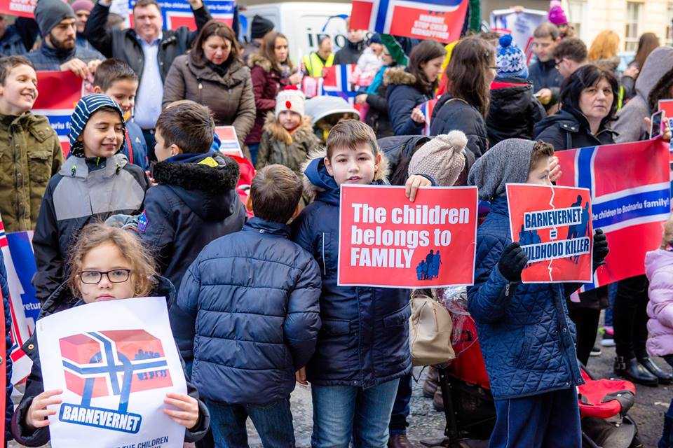 DRAMA FAMILIEI BODNARIU DIN NORVEGIA. Guvernul Cioloș a picat testul Bodnariu