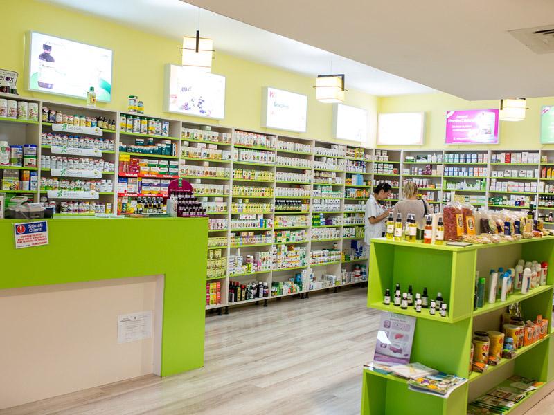 Cum ne pot face rău remediile pe care le cumpărăm din magazinele naturiste