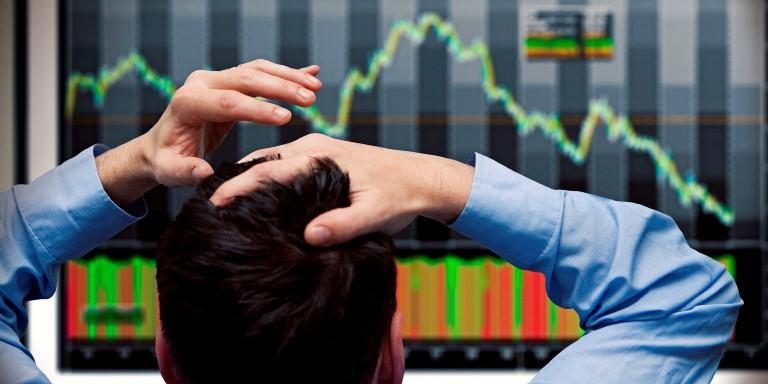 Coronavirusul prăbuşeşte bursele. Investitorii se tem de o nouă recesiune economică