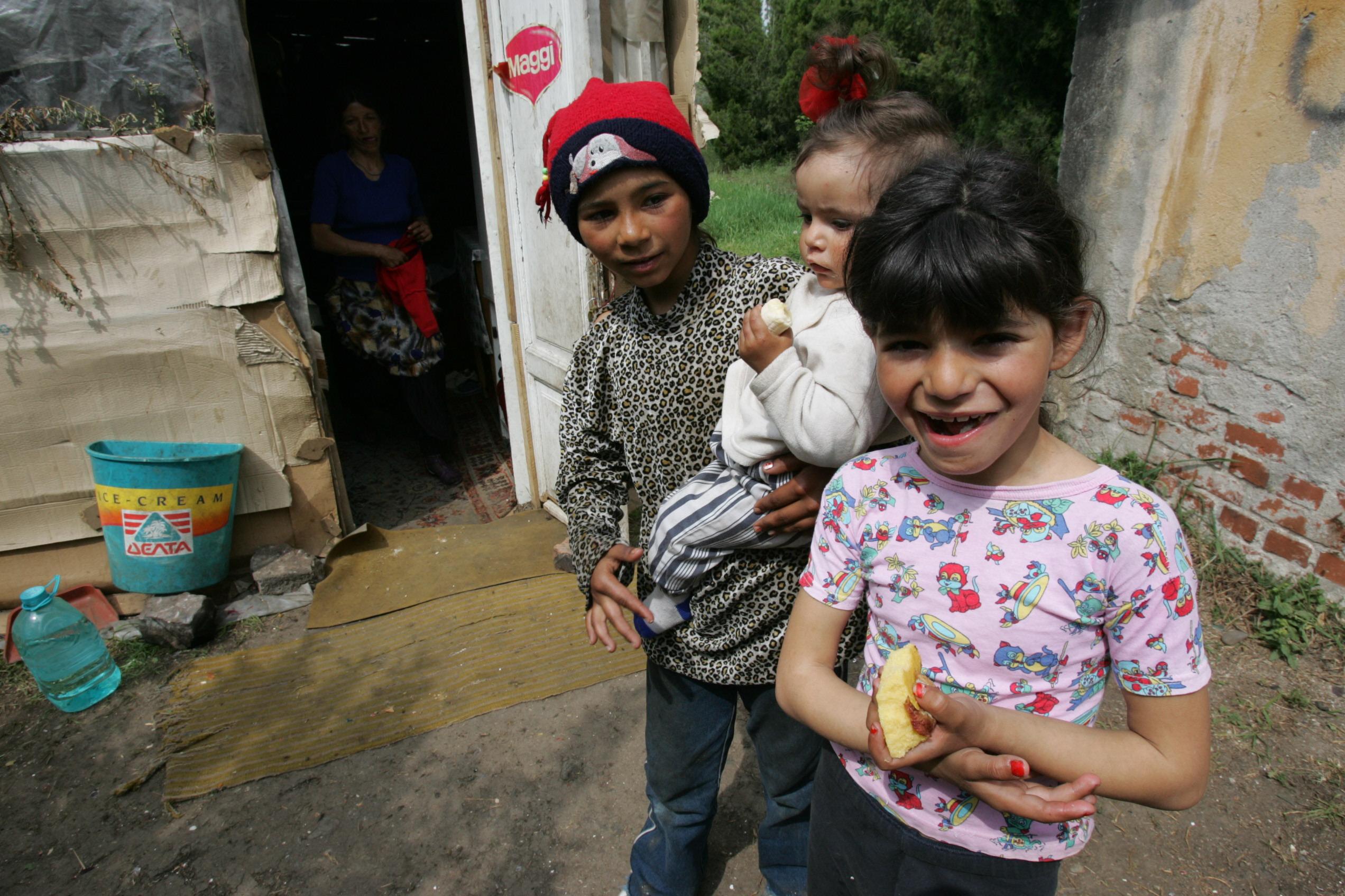Statistici cutremurătoare de la UNICEF: Jumătate dintre copiii români de abia supraviețuiesc