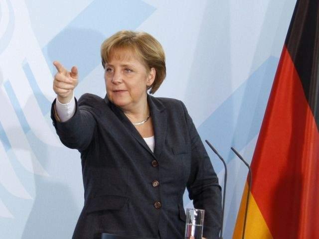 Merkel l-a sunat pe Iohannis. Îndemn pentru blocarea relocării ambasadei din Tel Aviv