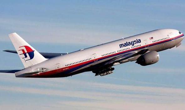 Un fragment de avion relansează enigma zborului MH370 al Malaysia Airlines