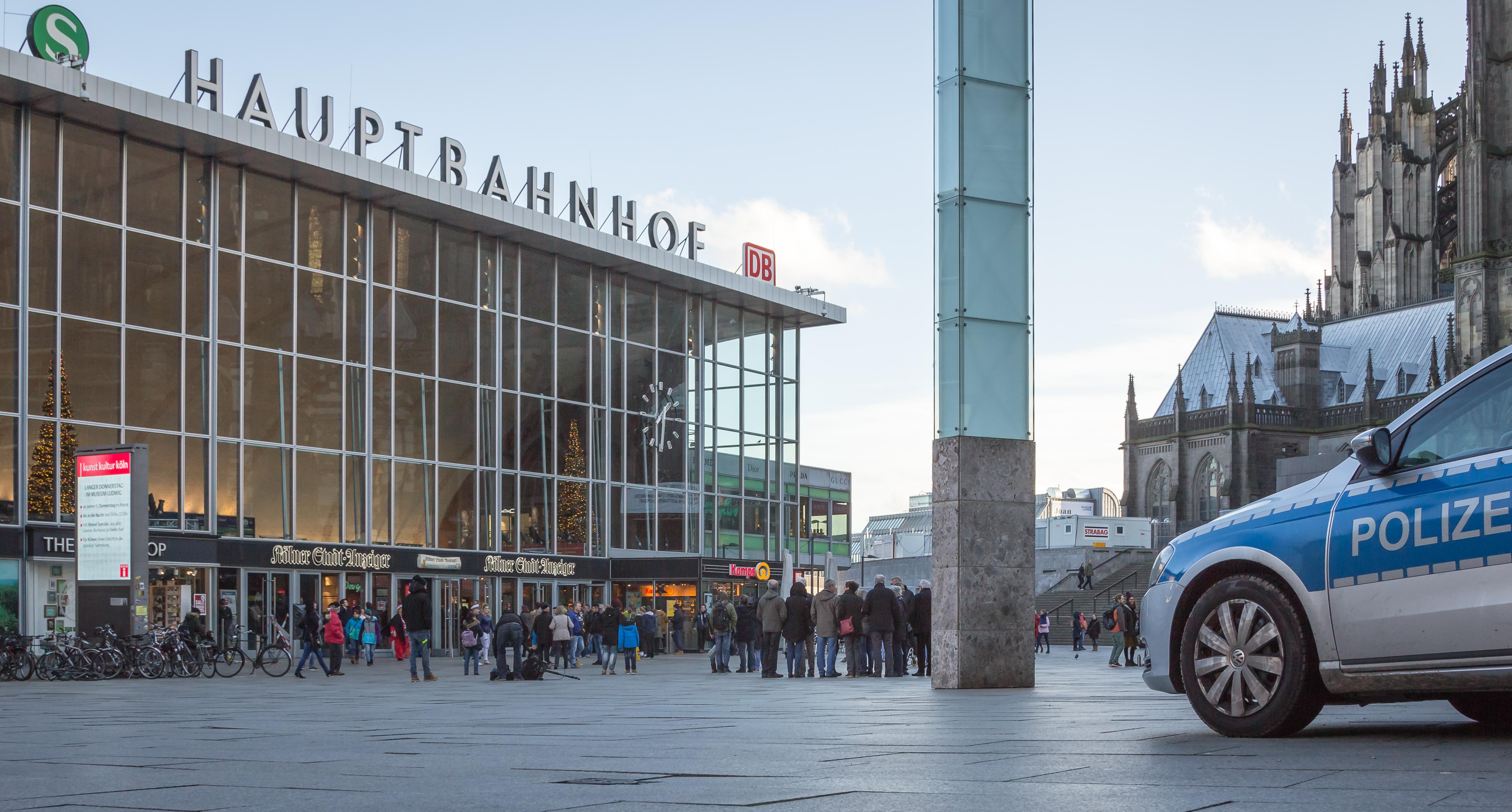 Un imigrant român a molestat o tânără în Gara din Köln