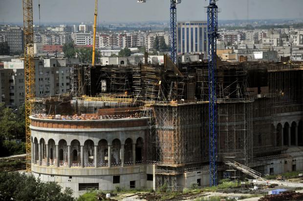 Mai rea ca o catedrală uriașă nu e decât o catedrală uriașă neterminată