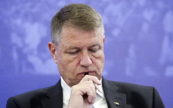 Nehotărârea președintelui în privința referendumului le dă idei firmelor de HR