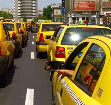 Taximetriștii din nou în stradă