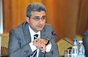 Robert Turcescu nu a picat in plasa jurnalistei Denise Rifai