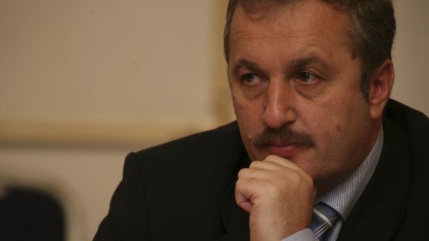 Dan Andronic l-a luat în vizor pe Vasile Dâncu