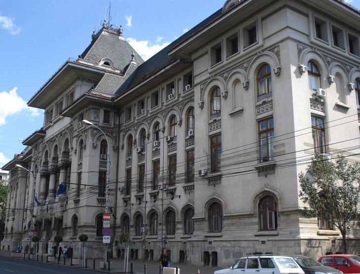 Primăria Capitalei bate la numărul de angajați toate companiile profitabile din România