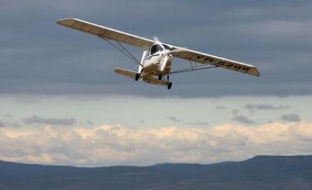 Un avion de mici dimensiuni s-a prăbuşit în judeţul Sibiu