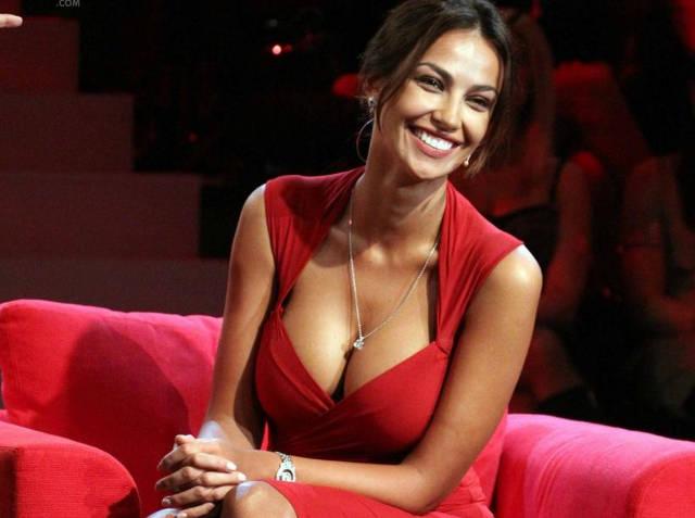 Femeile frumoase dăunează sănătăţii bărbaţilor