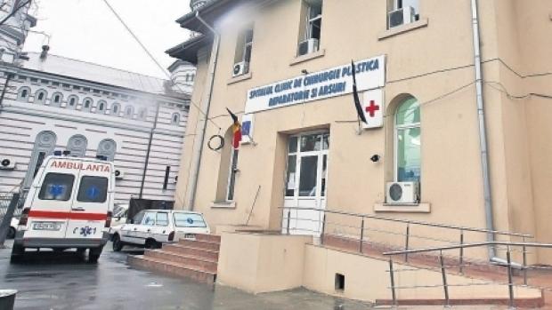 Medicul care l-a tratat pe pacientul cu larve de la Spitalul de Arși, audiat