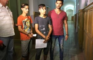 Tinerii care au calcat in picioare un adolescent au fost arestați pentru tentativa de omor