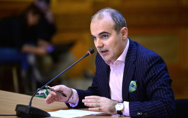 """UPDATE. Rareș Bogdan candidează la europarlamentare pe lista PNL. """"Voi rămâne același și mă voi bate pentru libertatea cuvântului"""""""