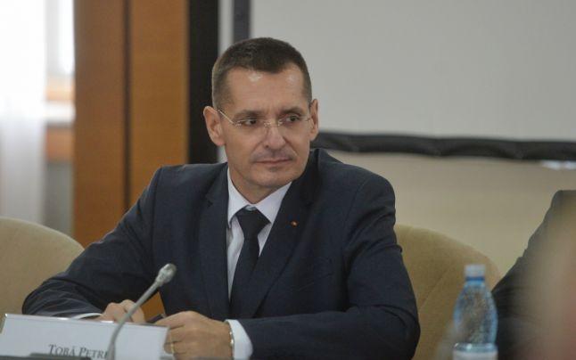 Ministrul Educației a semnat ordinele de retragere a titlului de doctor pentru Tobă și Pandele