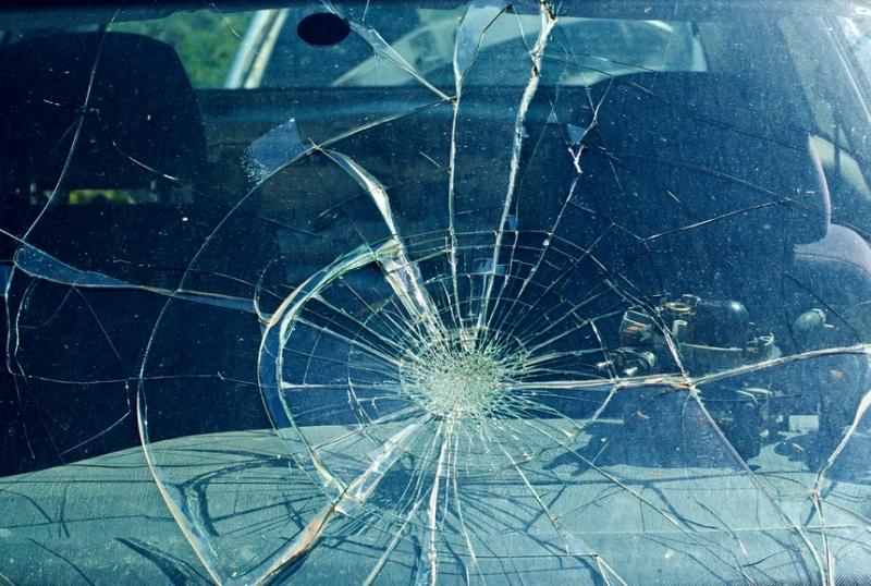 Accident grav în Bistriţa-Năsăud. Patru tineri au murit