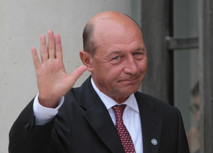 """Băsescu, acest Emmanuel """"Macrou"""" al politicii românești"""